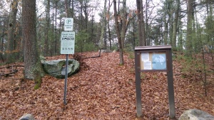 Parking area for Brackett Pond trails.